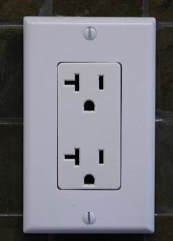 20A Duplex Wall Outlet