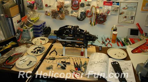 Building A 700 Size RC Helicopter Kit - So Much Fun!