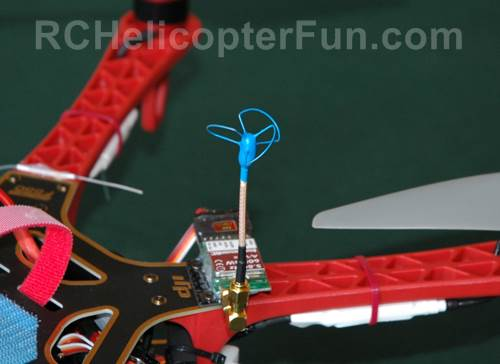 BlueBeam 3 Lobe Cloverleaf FPV Antenna Sticking Up