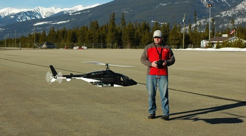 Flying a scale RC helicopter